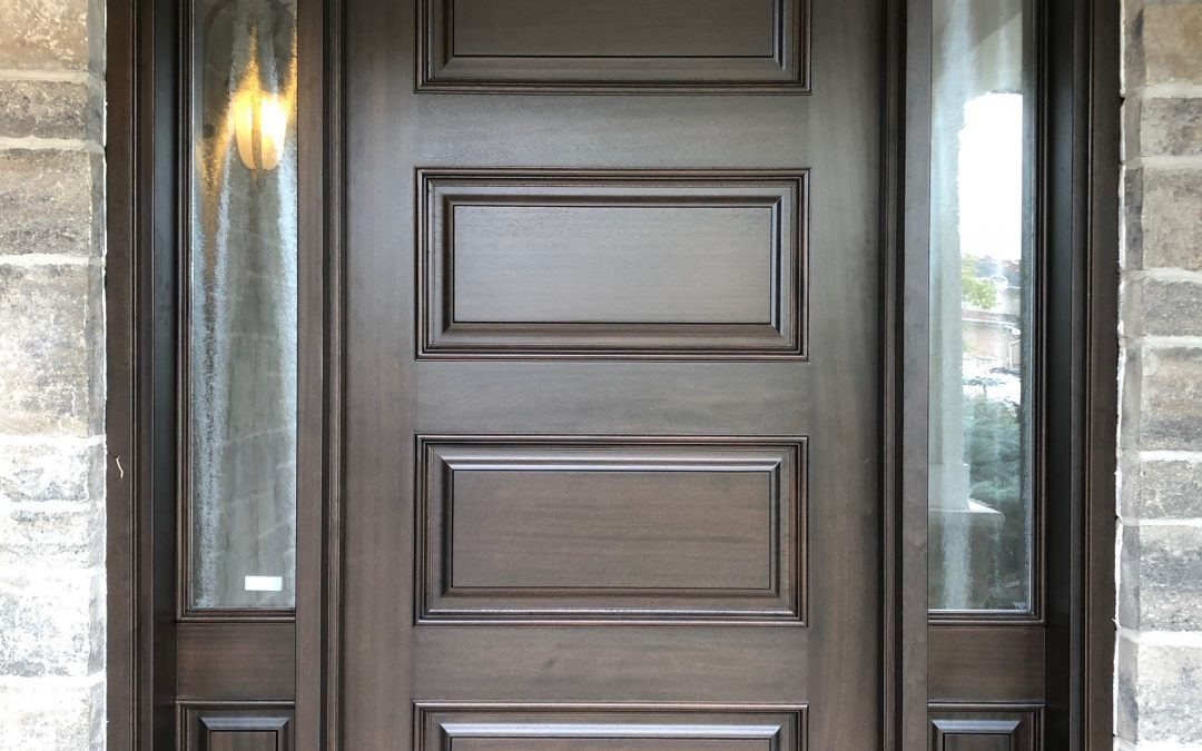 How to identify a high-quality solid wood door